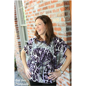 Seamingly Smitten Miss Mod Top Sewing Pattern